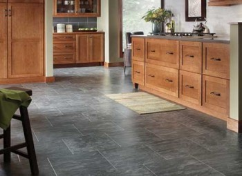 Серый ламинат-плитка