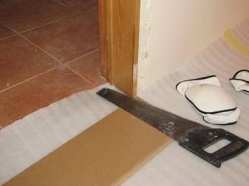 Подрезка дверной коробки