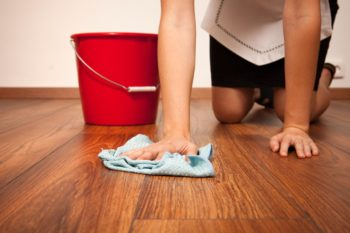 После уборки не должны оставаться следы от пятен