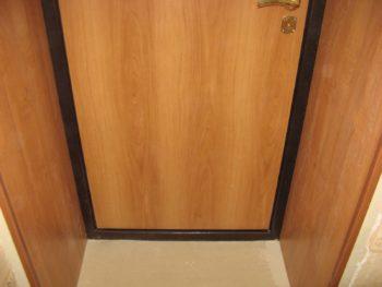 Дверной проем из ламината