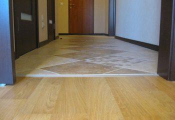 Сочетание плитки и ламината в разных комнатах
