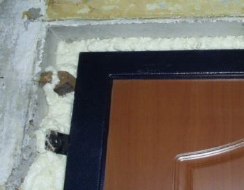 Герметизация двери