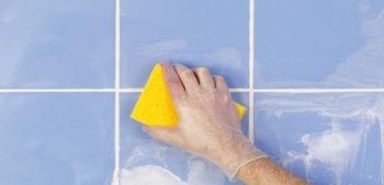 Чем отчистить затирку от плитки