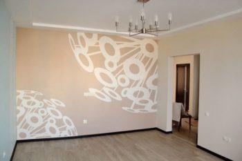 Дизайн комнаты с поклейкой обоев и укладкой ламината