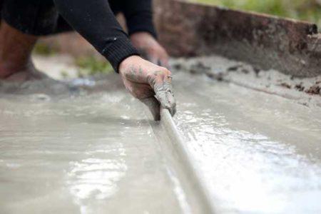 Работа с бетонной смесью